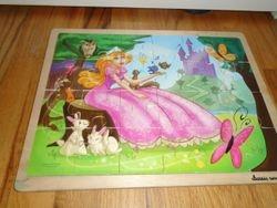 Classic Wood 24 Piece Princess Jigsaw Puzzle - $8