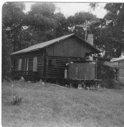 Log Cabin in Malua Bay