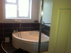 Corner bath 2.