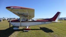 Cessna 182Q VH-RMF