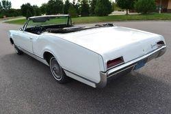 34. 67.Oldsmobile Delmont 88