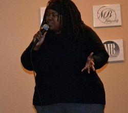 Mia Burse show