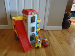 Fisher Price Little People Fun Sounds Garage - $25