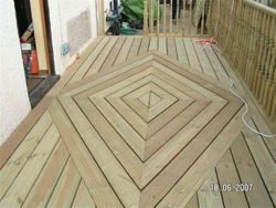 Decking diamond pattern