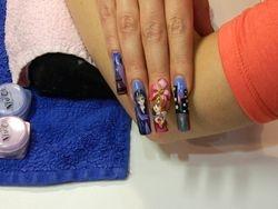 Desna ruka Nail Design 2012