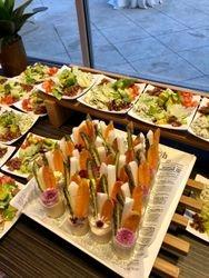 Salads & Hummus Dip Cups