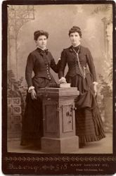 Mattie and Minnie Gould of Des Moines, IA