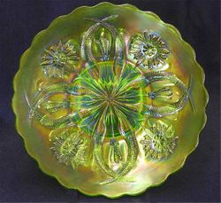 "Four Flowers Variant 9"" PLATE, olive green, Brockwitz"