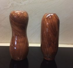 tap handles 111 and 112