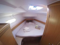 Front master cabin