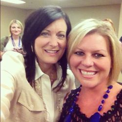 Bible Teacher Lysa TerKeurst (Love her)