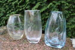 Storo stiklo vaza. Kaina 13 Eur.