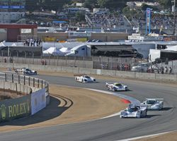 Porsche leads through turn 4