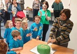 Mayor cutting the cake