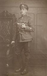 VIVIAN DYSON 2/9th Battalion.