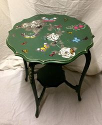 Green butterfly side table.