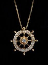 14k Ship Wheel pendant with 31 diamonds