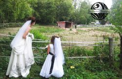 The bride and her daughter (flower girl)