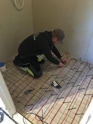 Installation av golvvärme i badrum