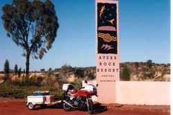 Tom's XJ900 at the Ayres Rock Resort after the 1994 AGM at Alice Spring - May 1994
