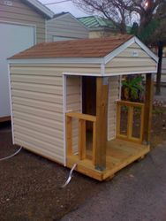 Dog House w/ porch