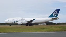 Air New Zealand Boeing 747-400 ZK-SUH