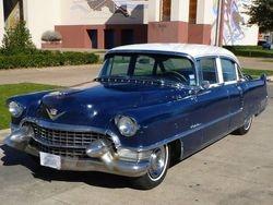 7.55 Cadillac Fleetwood