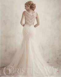 Christina Wu Brides - 15596 back