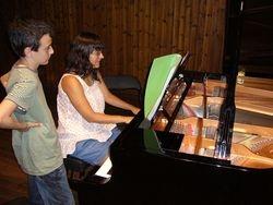 Clase de piano con Julia