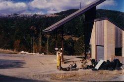 1987 Alpine Rally @ Perkins Flat - Adrian's flat tyre at Cabramurra Servo