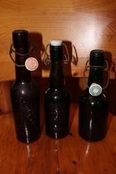 Ivairus reljefiniai uzsienietiski buteliai. Kaina po 7 Eur.