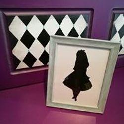 Alice silhouette