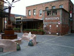 Monteiths Bar in Polar Lane