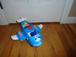 Fisher Price Little People Travel Together Airplane - $6