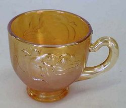 Kittens tea cup, marigold