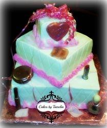 Pink Make-up  Cake