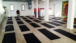 Onze yogazaal van 125m2
