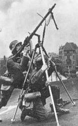 Tri-pod AA mounted MG-34: