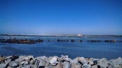 Beach- 10 minute Walk
