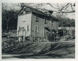 Robert and Mary Edith (Garner) Gilbert Home