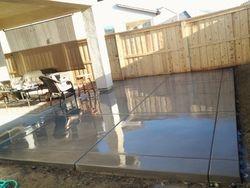 12'' border on edge of a patio slab