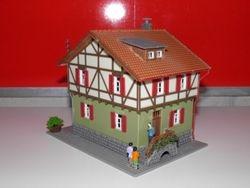 PRECIO: 17 EUROS