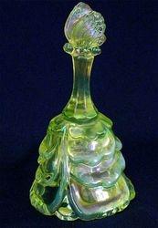 Butterfly bell, vaseline opal