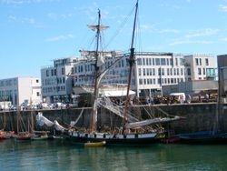 Sloop at Brest
