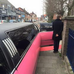 Roze lincoln Limousine