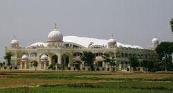 Satguru Ravidass Satsang Hall by Dera Sachkhand Ballan