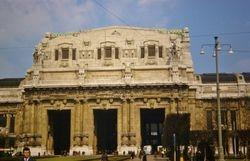 446 Milan central Rail Station