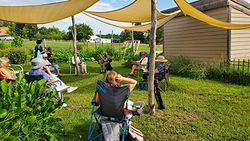 Conducting a Covid Mtg outdoors!
