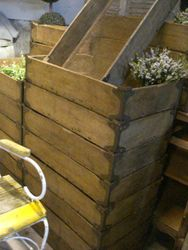 #14/085 25 Wooden Flower Bulb Crates