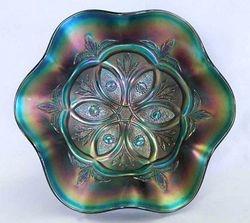 Victorian large 6 ruffled bowl, purple